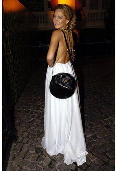 rochi igarzabal vestidos - Buscar con Google Lady Dior, Lily, Celebs, Bags, Google, Fashion, Vestidos, Celebrities, Handbags