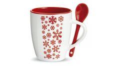 Taza de cerámica con cuchara integrada y decoración de copos de nieve. Posibilidad de personalizarlo con tu logo o idea para regalos de empresa.