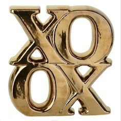 Gold XOXO Statue (24 BRL) ❤ liked on Polyvore featuring home, home decor, decor, fillers, gold home accessories, gold home decor and gold statue