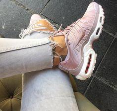 Nike TN - @debchv Clothing, Shoes & Jewelry : Women : Shoes : Nike http://amzn.to/2lCFtE5