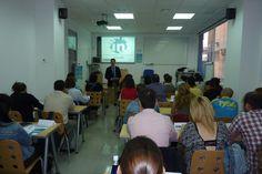 Taller organizado para el IMFE sobre LinkedIN como herramienta de Ventas 2013