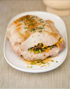 Un cenone d'eccezione: Arrosto di maiale ripieno di pistacchi e arancia #Cucina #Idea #Ricetta