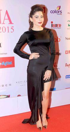 Kanika Kapoor at the FBB Femina Miss India 2015 pageant. #Bollywood #Fashion #Style #Beauty