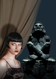Louise Brooks and the Rascar Capac statue
