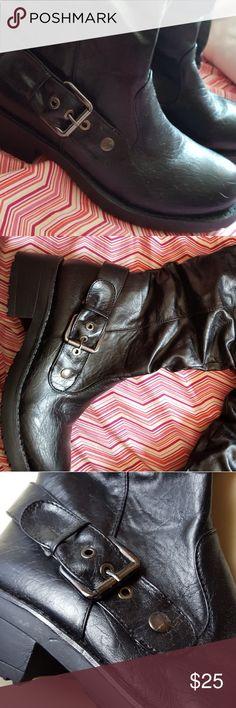 BLACK women's  flux boots Black womens size 9 flux boots Shoes