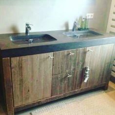 Wasmeubel van steigerhout met hardstenen wasbakken steigerhouten meubels op maat pinterest - Rustieke badkamer meubels ...