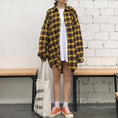 2018 Spring Women Casual Shirts Streetwear Vintage Long Style Ladies L – rricdress Oversized Flannel Outfits, Flannel Outfits Summer, Plaid Shirt Outfits, Plaid Flannel, Plaid Shirt Outfit Summer, Loose Shirt Outfit, Yellow Plaid Shirt, Plaid Shirt Women, Hipster Outfits