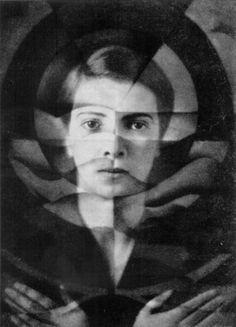 self-portrait by Yva (Else Neuländer). 1925
