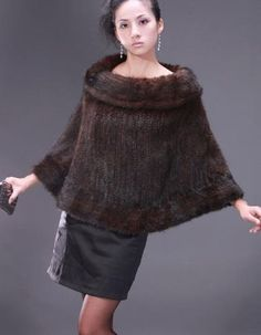 I want something with fur for Fall.  another DIY/fur poncho idea
