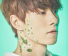 "VAV'sJJacob ""Flower"" promotional picture."