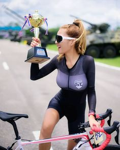 Babe with nice tits on the peloton commercial