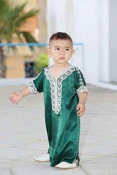 As Morrocan Dress, Moroccan Caftan, Mode Masculine, Kaftan Men, Girls Dresses, Summer Dresses, Abaya Fashion, Kids Fashion, Fashion Design