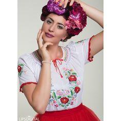 Folk, embroidered, folkfashion, embroidery, Kézzel hímzett Böbe Hagyományőrző Boltja blúz, piros tündEszter szoknyával