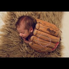 Sarah McCurdy Photography   The Woodlands - Spring - Texas Newborn and Family Photographer   newborn pictures posing ~ photography ~ squishy baby ~ newborn sibling posing ~ give me your babies ~ baby boy ~ baseball