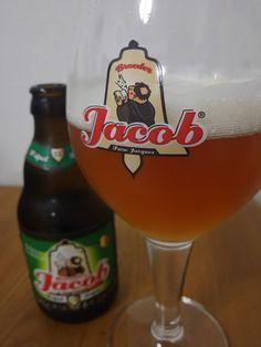Broeder Jacob Tripel Broeder Jacob Tripel e33cl Alc.75%Vol. Broeder Jacob (Brewed at Brasserie Du Bocq) Beninksstraat 28 B-3111 Wezemaal www.broederjacob.com