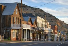Guide to visiting Virginia City as a side trip on a drive around Lake Tahoe
