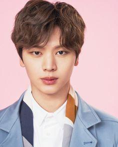 BTOB's Yook Sung-jae cast for new drama 'Goblin' Sungjae Btob, Im Hyunsik, Minhyuk, Yook Sungjae Goblin, Yongin, Asian Actors, Korean Actors, Korean Dramas, Korean Actresses