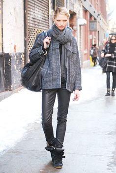 The Best Street Style from New York Fashion Week, Day 2: Hana Jirickova Model