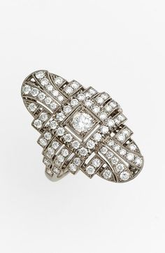 'Vintage' Oval Diamond Ring