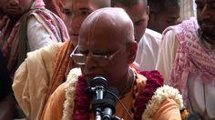 Loknath Swami maharaj's Evening Kirtan at iskcon vrindavan Iskcon Vrindavan, Krishna Songs
