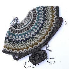 Fair Isle Knitting, Knitting Yarn, Knitting Charts, Free Knitting, Knit Crochet, Crochet Hats, Icelandic Sweaters, Creative Knitting, Most Favorite