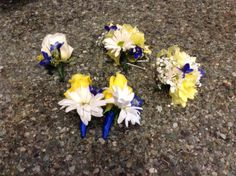 Bridal party boutonnieres and corsages. Bridesmaid Bouquet, Wedding Bouquets, Wedding Flowers, Groomsmen Boutonniere, Boutonnieres, Wedding Flower Packages, Flower Packaging, Corsages, Flower Making