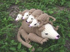 Crochet Animal Opossum Possum mama and 4 babies