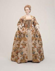 1740-1750, Europe - Woman's dress - Silk taffeta brocaded with silk and metallic threads