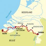 Het vernieuwde Grenslandpad, dat in Sluis begint, loopt langs de grillige grenslijn met België en steekt deze diverse malen over. Waar? Dat is soms lastig te zeggen, maar de bouwstijl van de huizen verraadt altijd in welk land u bent. Hiking Routes, Hiking Trails, Travel Specials, Thru Hiking, Future Travel, Bergen, Long Distance, Trip Planning, Netherlands