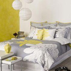 Сочетание желтого цвета и серого в интерьере