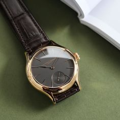 Goodbyes are the hardest!This fantastic @laurent_ferrier micro-rotor is off to a new home.