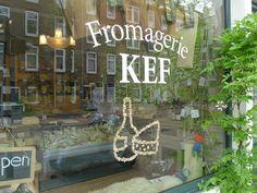 KEF springsnow etalage Czaar Peterstraat Amsterdam