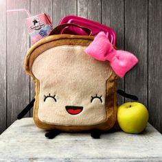 This smiley toast lunchbox. | 27 Impossibly Cute Food-Themed School Supplies