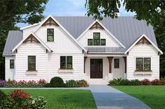 Find your dream modern-farmhouse style house plan such as Plan which is a 2205 sq ft, 4 bed, 2 bath home with 2 garage stalls from Monster House Plans. Small Farmhouse Plans, Modern Farmhouse Style, Farmhouse Design, Modern Country, American Country, Craftsman Style Homes, Craftsman House Plans, 2200 Sq Ft House Plans, Cottage Home Plans