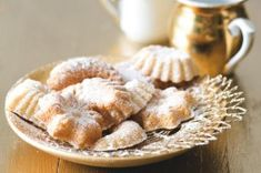 Pařížské ořechy | Apetitonline.cz Christmas Baking, Christmas Cookies, Christmas Recipes, Apple Pie, Garlic, Cheesecake, Menu, Vegetables, Breakfast