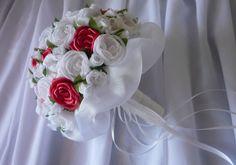 1370572850_513725596_12-Accesorios-con-flores-de-tela-Ramos-de-novia-coronitas-vinchas-lazos-para-vestidos-.jpg (890×625)