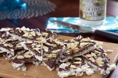 Looking for Fast & Easy Dessert Recipes! Recipechart has over free recipes for you to browse. Find more recipes like Almond Joy Bark. Almond Bark, Almond Joy, Best Dessert Recipes, Desert Recipes, Candy Recipes, Pasta Recipes, Creative Desserts, Easy Desserts, Cottage Cheese Nutrition