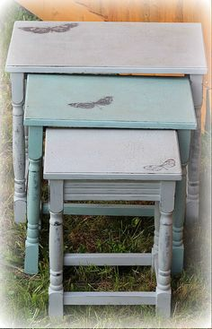 Annie Sloan Chalk Painted Distressed Paris Grey and Custom Blue Shabby Chic Farmhouse Butterfly Nest of Tables Upcycled Furniture, Shabby Chic Furniture, Furniture Projects, Diy Furniture, Annie Sloan Chalk Paint Distressing, Annie Sloan Paints, Blue Shabby Chic, Shabby Chic Farmhouse, Painted Patterns