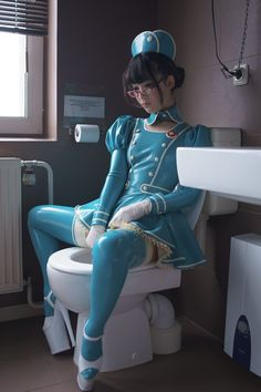 The day after I wear this latex nurse costume at Taipei comic exhibition. I bring & sell my latex photo books. Latex Cosplay, Latex Costumes, Sexy Outfits, Cosplay Mignon, Mode Latex, Nurse Costume, Latex Girls, Latex Dress, Japan Girl