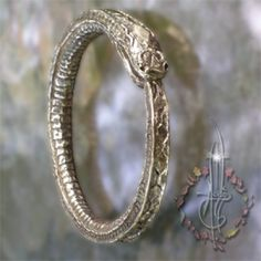 Custom Worm Ouroboros Amulet from 'Amulets by Merlin' - amuletsbymerlin.me