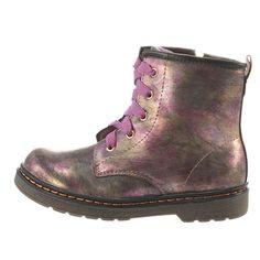 Παιδικά μποτάκια Xti από συνθετικό δέρμα σε φούξια μπρονζέ απόχρωση και υφασμάτινη φόδρα, με δερμάτινο πάτο. Διαθέτει κορδόνια και φερμουάρ στην εσωτερική πλευρά για άψογη εφαρμογή, με αντιολισθητική σόλα. Dr. Martens, Combat Boots, Fall Winter, Detail, Shoes, Fashion, Moda, Combat Boot, Zapatos