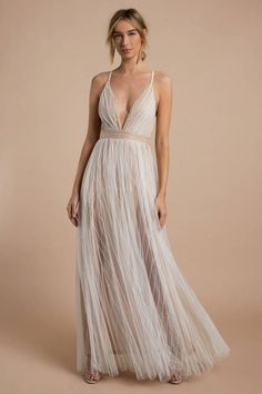 Gotta love double layer dresses when one of those layers is tulle. Banquet dresses are reborn with the White & Nude Everley Lace Maxi Dress, a dreamy Nude Maxi Dresses, White Lace Maxi Dress, Elegant Maxi Dress, Nude Dress, Sexy Dresses, Boho Bridesmaid Dresses, Lace Bridesmaid Dresses, Spring Dresses, Banquet Dresses