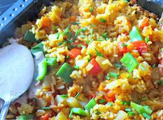 Eine Reispfanne mit knackigem Gemüse ist schnell zubereitet und ein unkompliziertes Essen für jeden Tag.  Kunterbunte Rezepte zum Nachm...