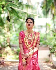 Ideas for bridal saree south indian kerala Bridal Sarees South Indian, South Indian Bride, Indian Bridal, Kerala Bride, Hindu Bride, Bridal Lehenga Choli, Saree Wedding, Lehenga Blouse, Wedding Dress