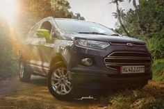 Look at THIS Ecosport 😍 It is the absolute perfect little compact SUV! Spacious with so much storage yet it won't take up space in your garage or driveway! New Ford F150, Ford Ecosport, 2019 Ford, Car Ford, Ford Trucks, Top Suvs, Navy Air Force, Lincoln Mercury, Ford