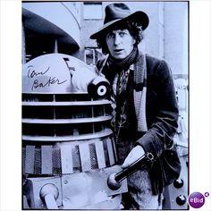 DR WHO: COA signed photo ***Tom Baker with Dalek***