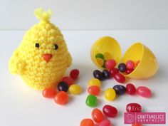 Free Crochet Easter Egg cover pattern || Also includes sheep and bunny patterns as well.