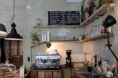 Roamers Coffee & Booze Berlin   finding berlin