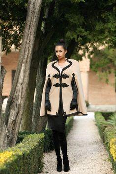 Capa romaneasca din stofa crem cu negru - Armonie Cape, Bell Sleeve Top, Photoshoot, Popular, Blouse, Womens Fashion, How To Wear, Photography, Mantle