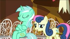 Do you notice the way she is sitting? Human Lyra is cannon!